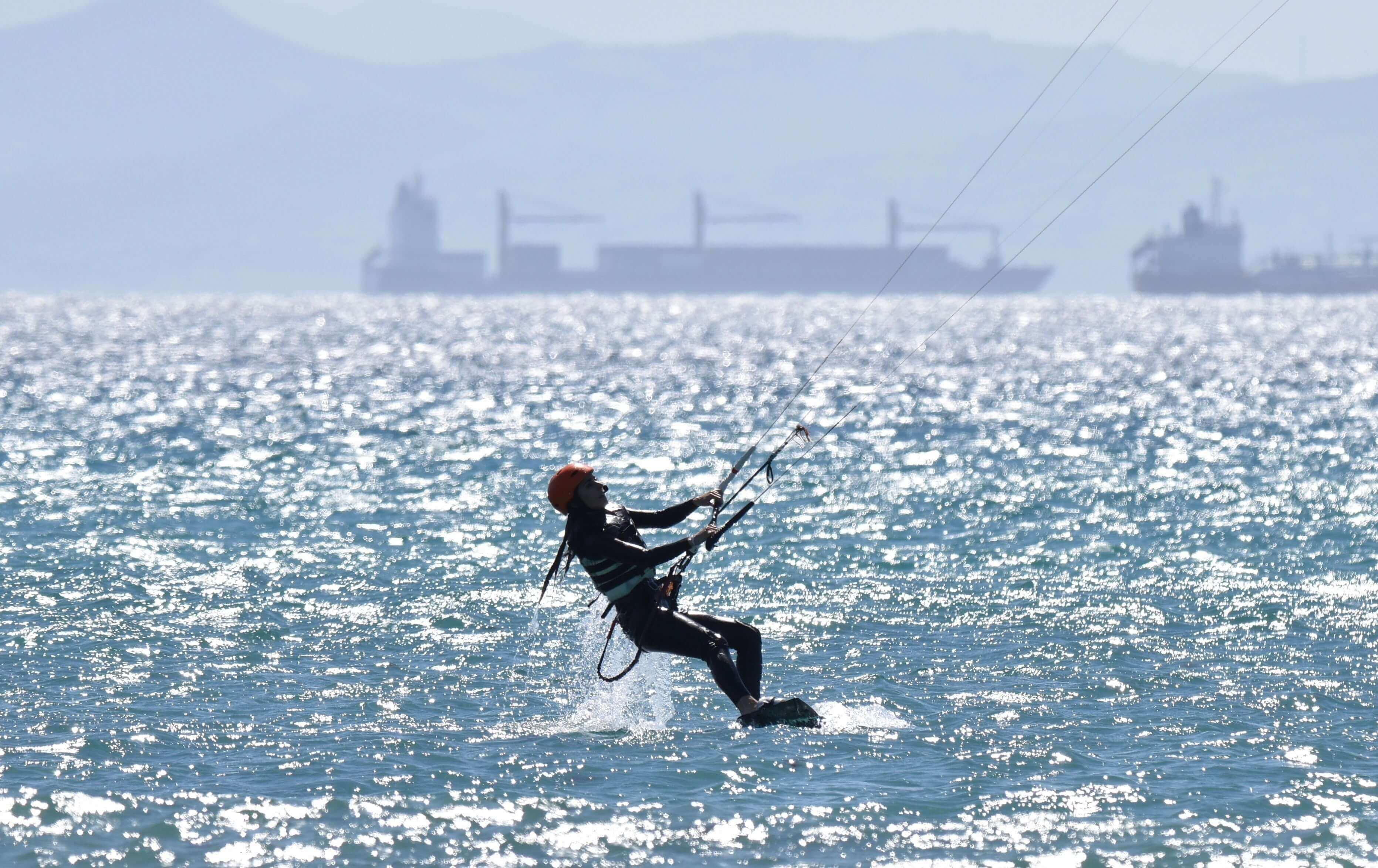 Curso de kitesurf en tarifa intensivo